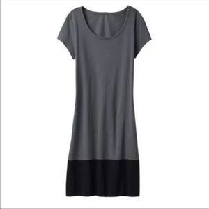 Athleta Ella Dress T-shirt Jersey Colorblock